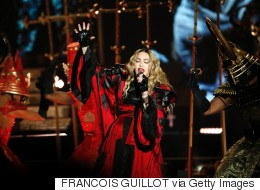 Madonna Riles Manchester Fans With Lateness