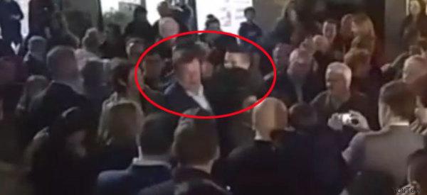 Dan puñetazo en la cara al presidente del gobierno español