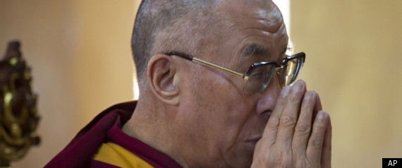 TIBET DALAI LAMA PRAYS