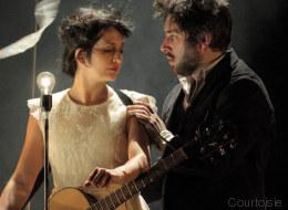 «Bianco Su Bianco»: poésie et amour au pays des ampoules électriques