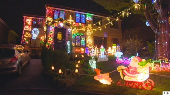 My Crazy Christmas Lights Uncovers Surprising, Heartwarming Stories Behind A Bonkers Amount Of ...