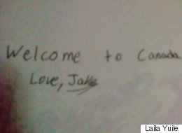 Canadian Kids Write Sweet Notes To Welcome Syrian Children