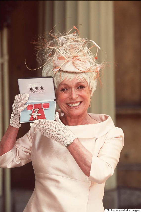 barbara windsor mbe 2000