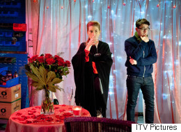 Spoiler! Ross Makes A Bold Move In 'Emmerdale'