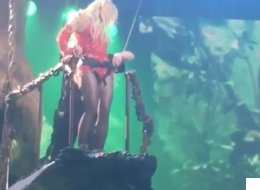 Watch Britney Get Stuck Up A Tree On Stage In Vegas
