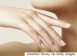 Les 10 plus grands mythes beauté concernant vos ongles