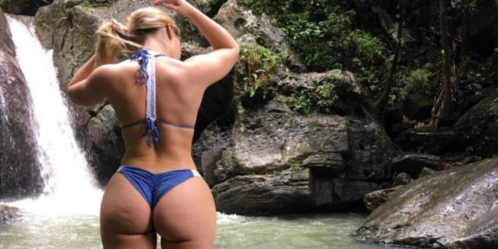 """Manufactured """"pawg"""" Iskra Lawrence gains 1.7 MILLION instagram followers after her butt surgery ..."""