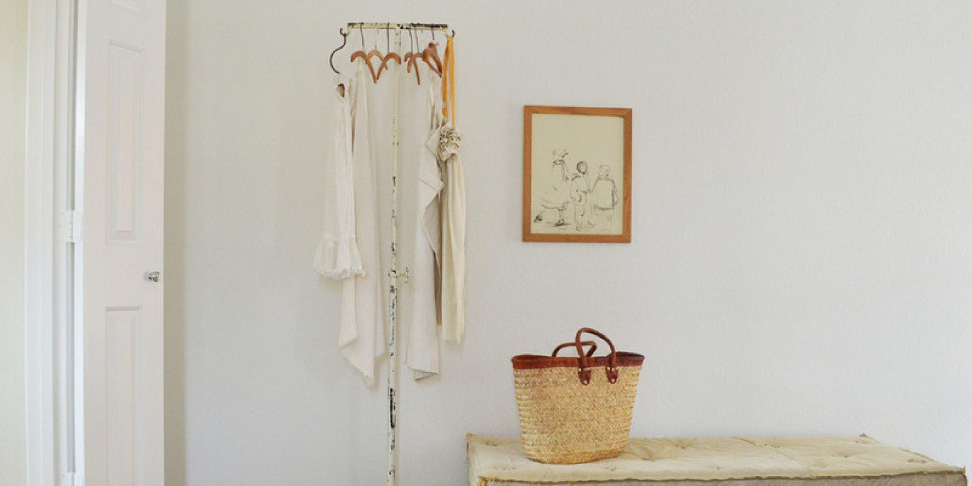 Vivere senza un armadio per i vestiti è possibile. Houzz spiega ...