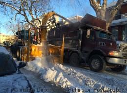 Opération déneigement en cours à Montréal