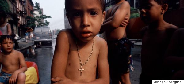 20 fotos que muestran la crudeza del barrio hispano de Harlem