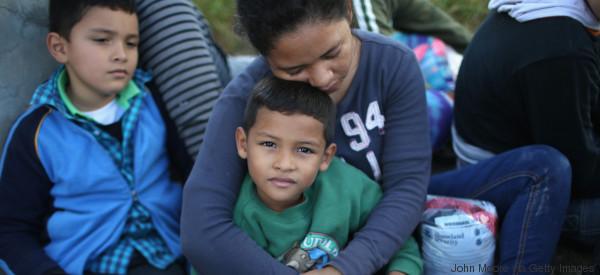 Redadas masivas dejan a madres 'quebradas' y sin familia