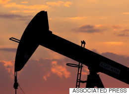 Le prix du pétrole à son plus bas depuis 2002