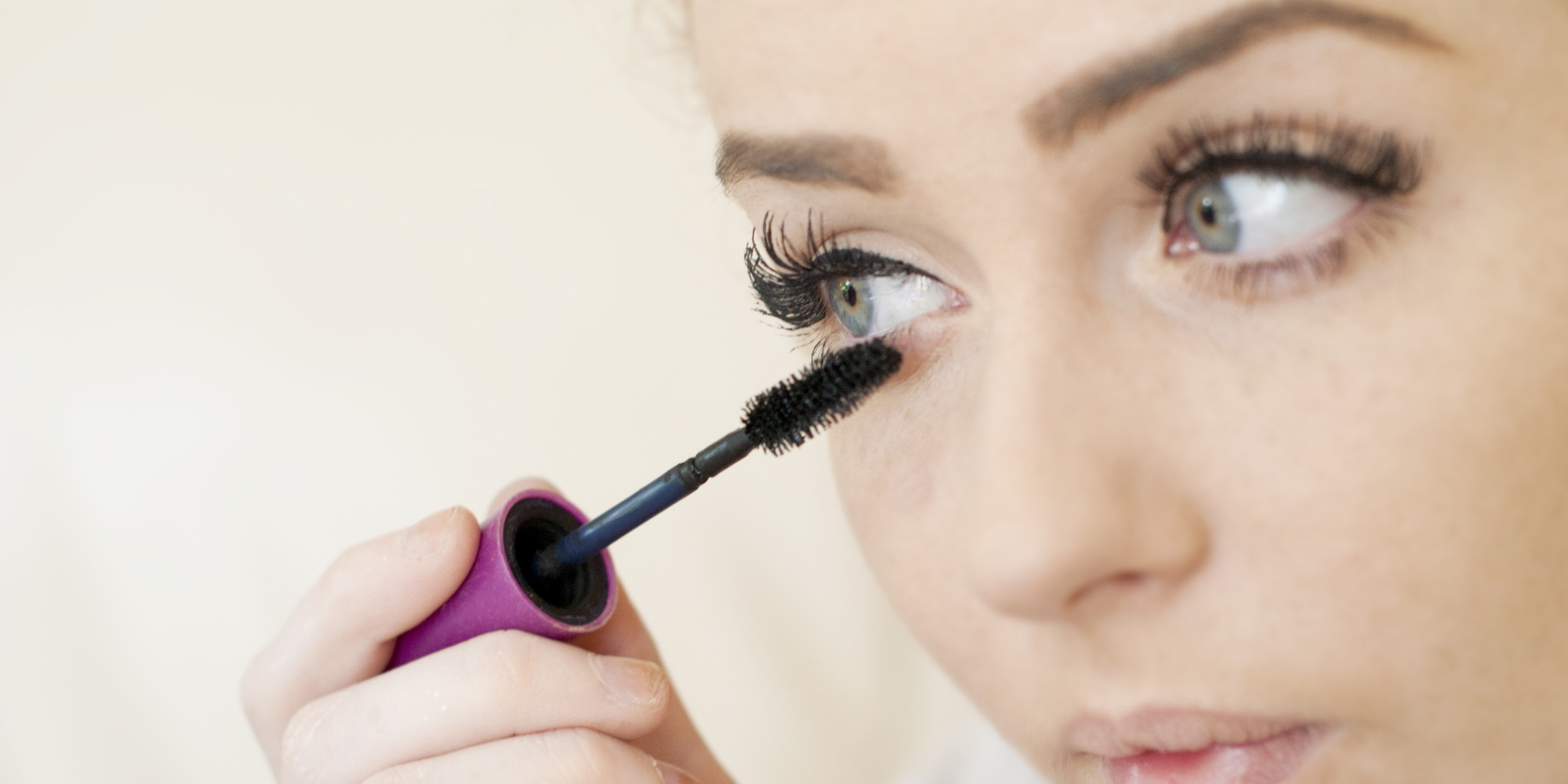 When To Throw Out Your Beauty Products faviana mascara