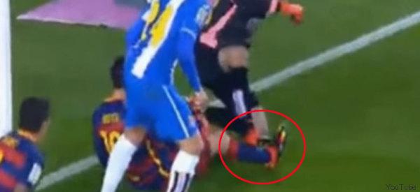 Cobarde pisotón a Messi desata bronca
