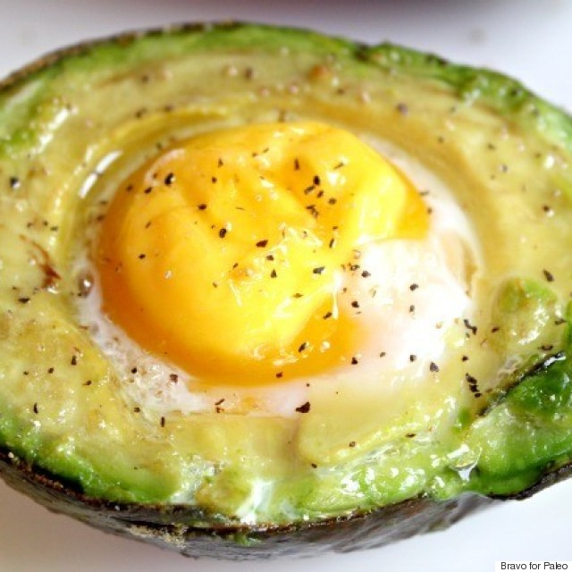 avocado baked egg