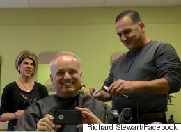 Refugee Barber Gives His 1st Haircut In Canada To His New Mayor