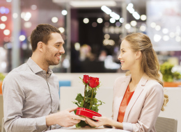 5 Not So Usual Valentine's Day Gifts For Her