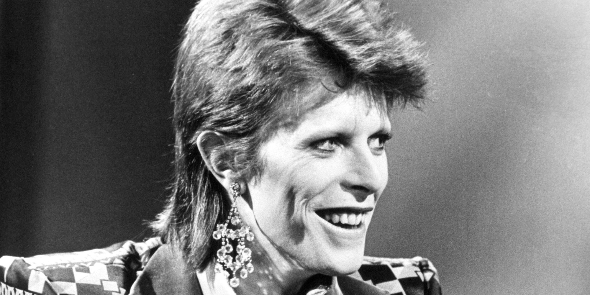 David Bowie Dead: Stars Pay Tribute To 'Ziggy Stardust' Singer, After...