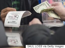 Frénésie pour un jackpot record aux États-Unis
