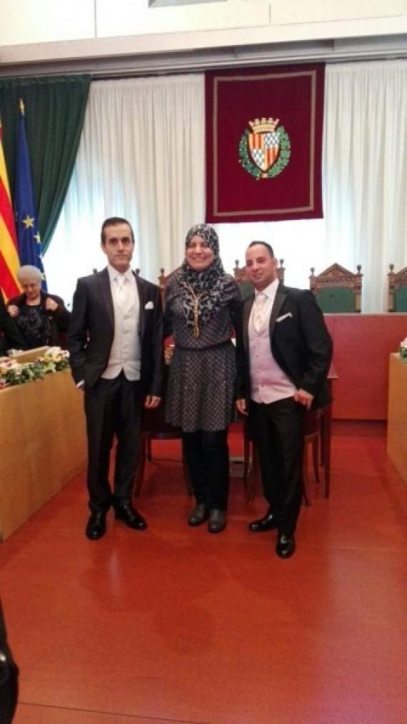 espagne une conseill re communale d 39 origine marocaine prononce un mariage gay en catalogne. Black Bedroom Furniture Sets. Home Design Ideas