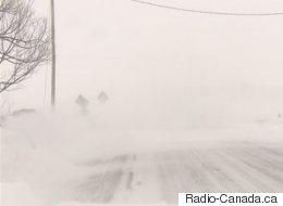 Une tempête perturbe les transports dans l'est du pays