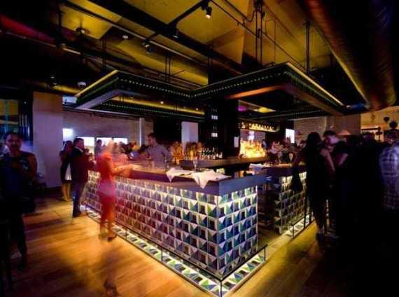 qt stingray bar gold coast