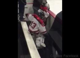 Ce petit joueur de hockey va devenir une star du web