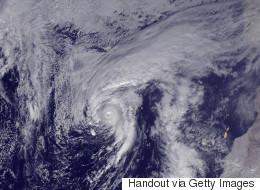 L'ouragan Alex arrive sur les Açores, en alerte maximale
