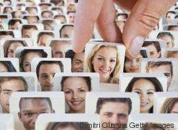 Vous comptez 1000 amis sur Facebook? C'est un mythe!