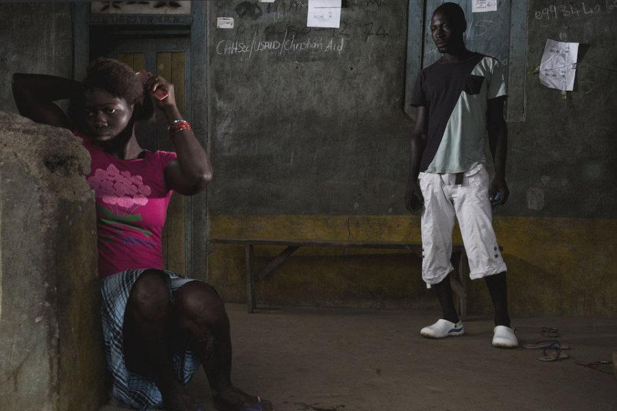 sobreviventes do ebola adam e lamin
