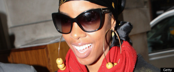 KELLY ROWLAND RETURNS TO LONDON