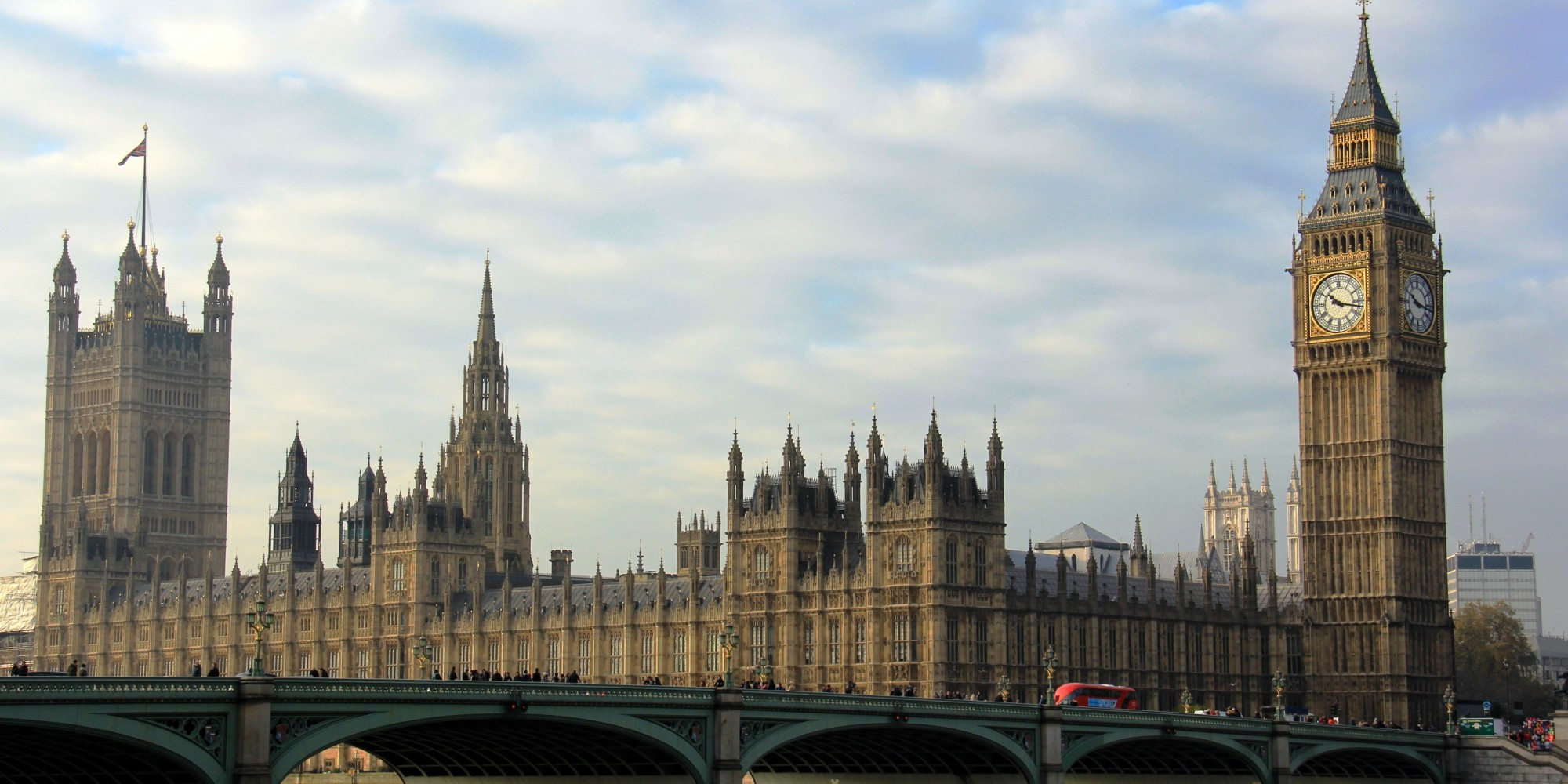 Houses Of Parliament To Stay In London For Refurbishment