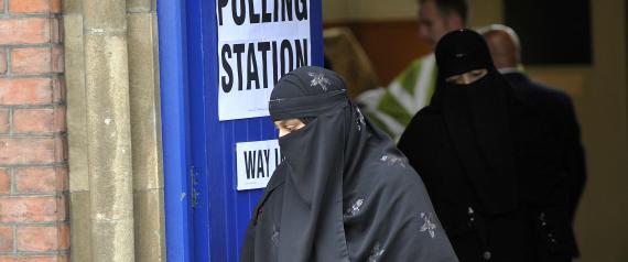 MUSLIM WOMAN BRITAIN