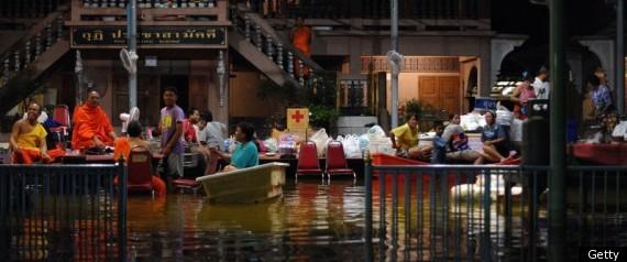 THAILAND FLOODS 2011 DIRTY WATER