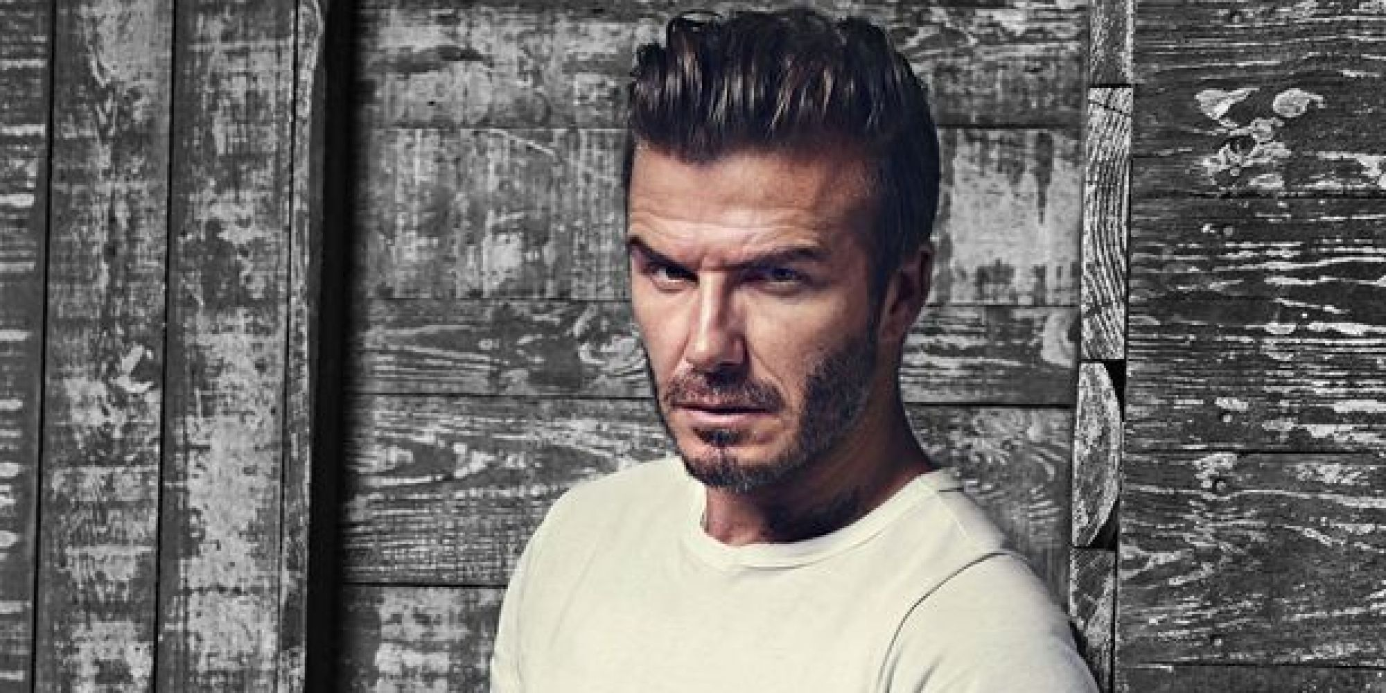 david beckham reveals 2016 bodywear collection with h m and it 39 s a lazy guy 39 s dream huffpost uk. Black Bedroom Furniture Sets. Home Design Ideas