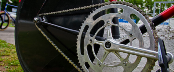 Un moteur cach dans un v lo 1er cas av r de dopage for Cache moteur piscine