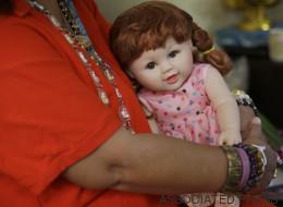 Des poupées considérées comme des «enfants des anges» divisent la Thaïlande