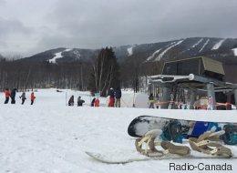 Une série de pannes irrite les skieurs au Mont-Sainte-Anne