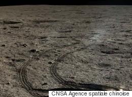 De superbes photos en couleur de la Lune