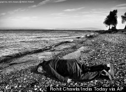 Chinese Artist Recreates Photo Of Alan Kurdi Lying On Beach