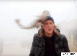 «Fake» ou non, ce poisson reçu en plein visage a vraiment aidé ces youtubeurs (VIDÉO)