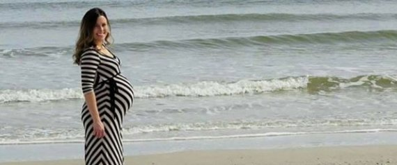 Playa Embarazada nude chica