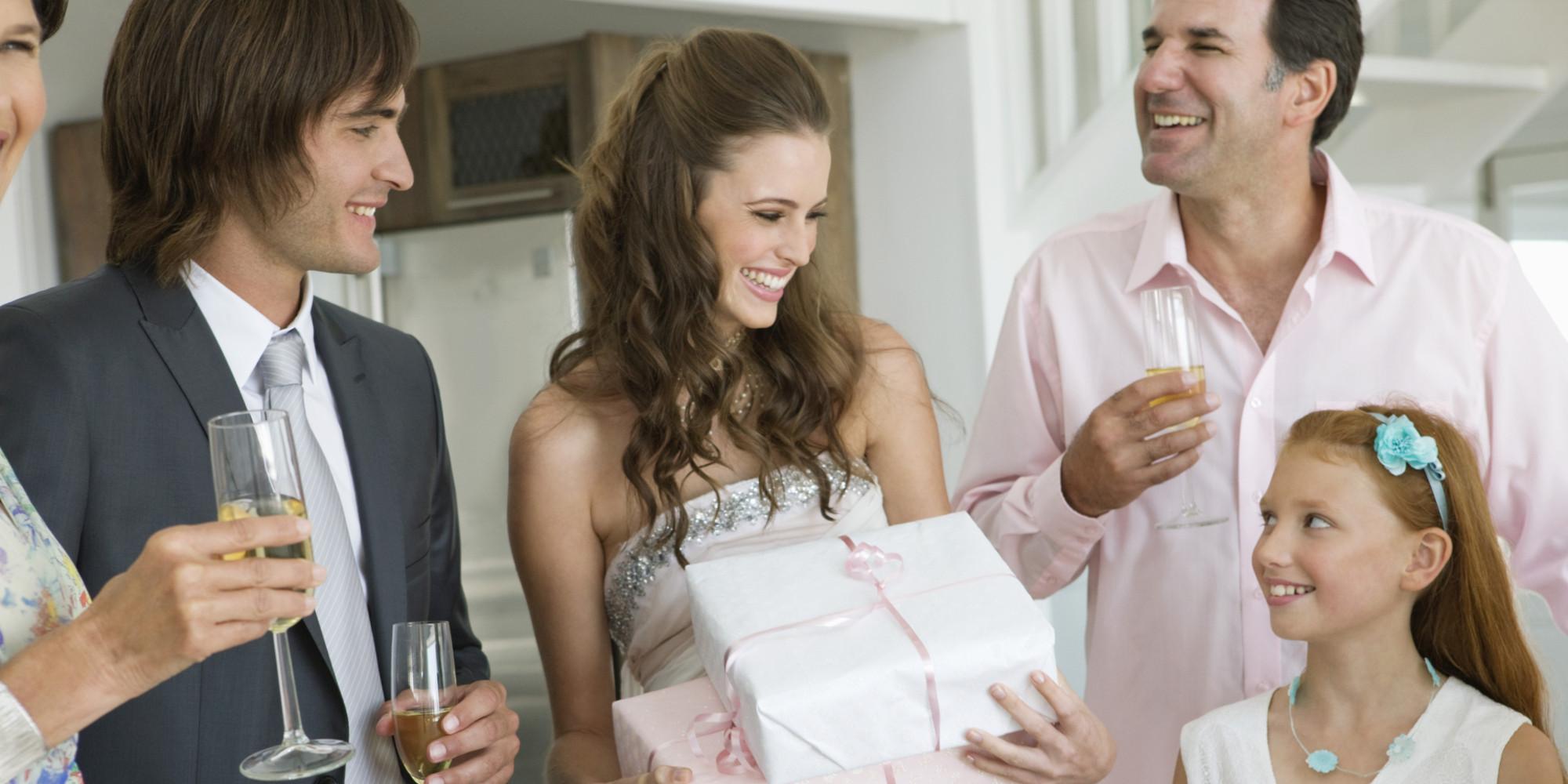 Situation delicate: un mariage, deux celebrations, un ou deux ...