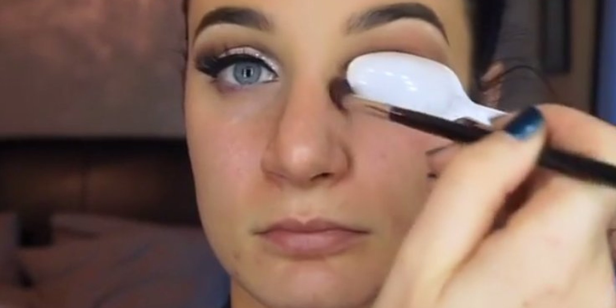 This Spoon Hack Will Give You That Perfect Cut Crease Eye