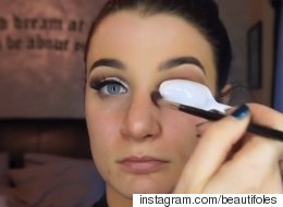 How To Get Instagram-Worthy Makeup Using A Spoon