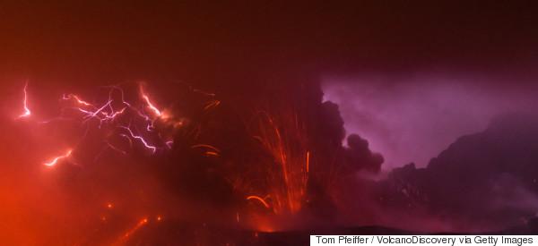 L'impressionnante éruption du volcan Sakurajima au Japon (VIDÉO)