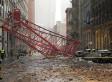 La chute d'une grue fait au moins un mort à New York (VIDÉO/PHOTOS)