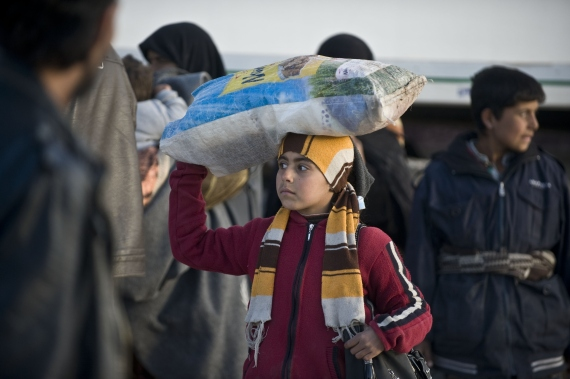 displaced from aleppo to the turkish border