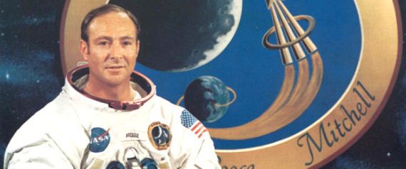 US SPACE MAN EDGAR MITCHELL