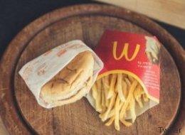 Ratet mal, wie alt dieser Cheeseburger von McDonald's ist